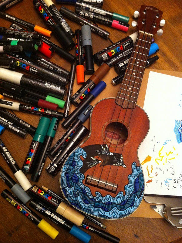 custom paint ukulele posca flying fishes