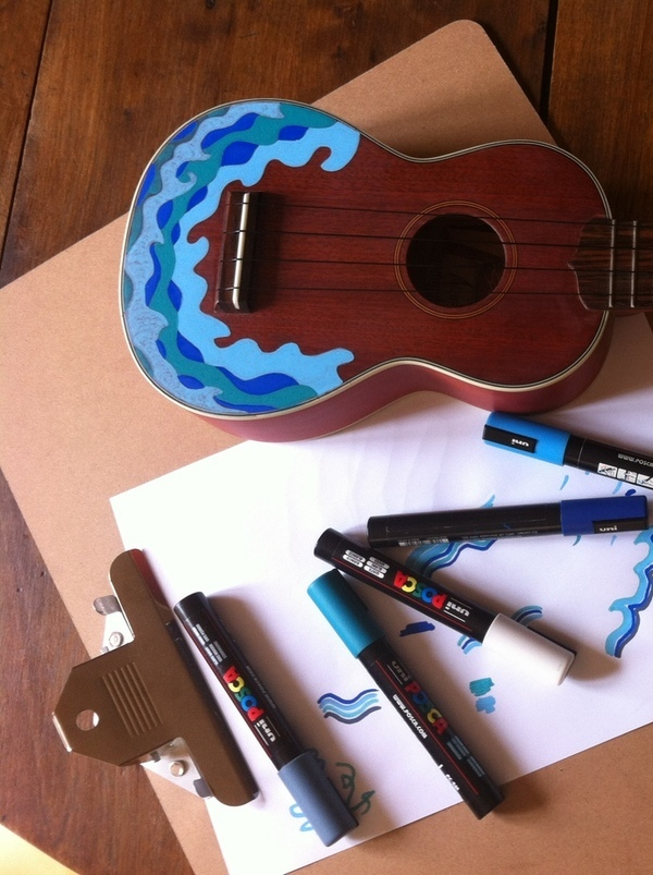 custom paint ukulele posca waves