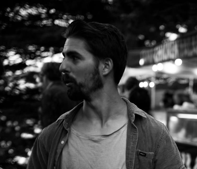 profile picture bio artist mulloway exile